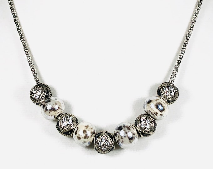 Gray & Black Beaded Women's Necklace