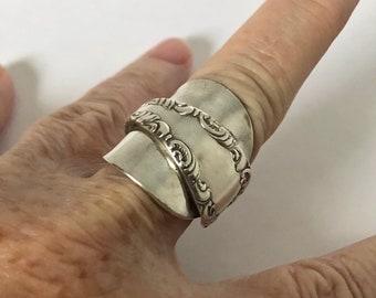 Handmade Vintage Rogers Demitasse Shield Spoon Ring, Silverplated, Spoon Jewelry