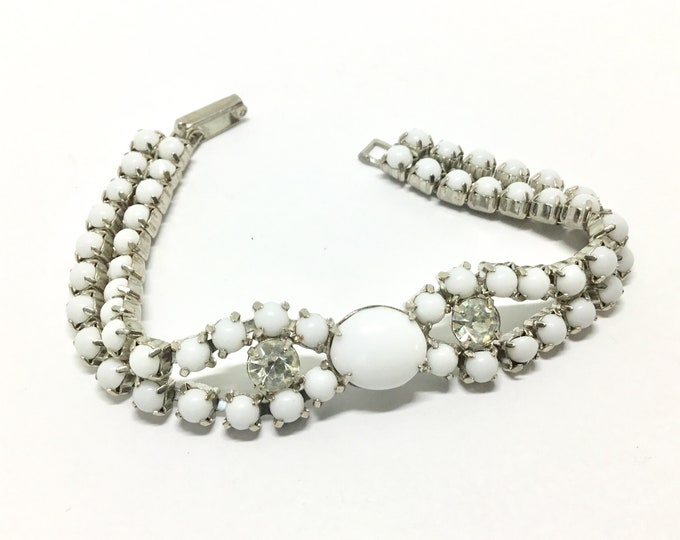 Vintage Milk Glass Bracelet, 1950s Midcentury, Bridal Jewelry, Milk Glass Collectors, Milk Glass Jewelry