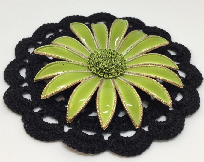 Gerber Daisy Flower/ Large Flower/Metal Flower/Vintage Brooch Pin/Vibrant Green Flower/