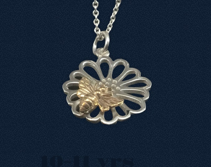 Sterling Silver Daisy Charm with Bronze Bee Pendant, Bee Lovers, Valentine Gift