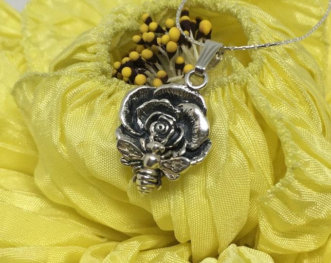 Cute 925 Sterling Flower w/Sterling Honey Bee Pendant