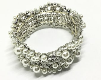 Wedding Bracelet, Wedding Jewelry, Vintage Inspired, Bridal Crafts, Crystals and Rhinestones, Faux Pearls, DIY Crafting