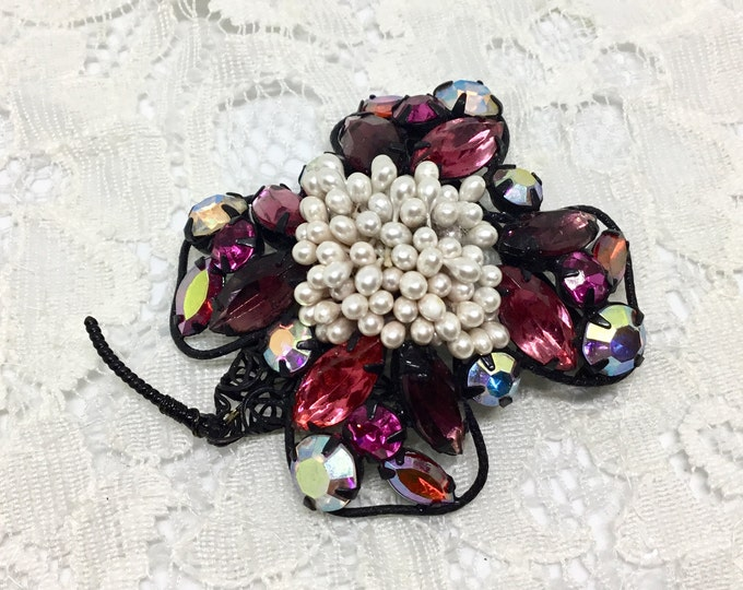 Vintage Rhinestone and Pearls Brooch, Shades of Fuchsia Rhinestones, Flower Brooch, Rhinestone Jewelry, Large Pearl Cluster Center