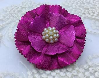 Fuchsia Metal Brooch/Vintage Flower/Embossed Floral Petal Design/Faux Pearl Center