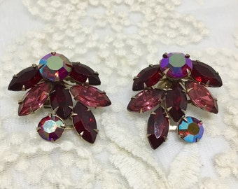 Vintage BEAUJEWELS Signed Rhinestone Clip Earrings