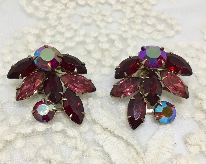 Vintage BEAUJEWELS Signed Rhinestone Clip Earrings