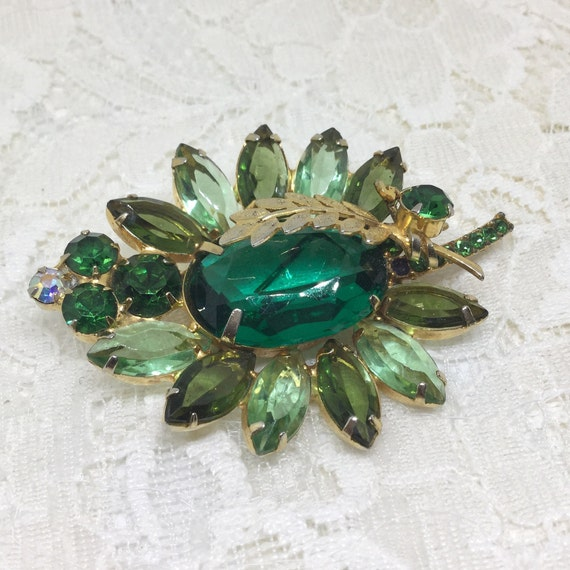 Vintage D&E Juliana Book Piece Green Rhinestone Brooch Pin