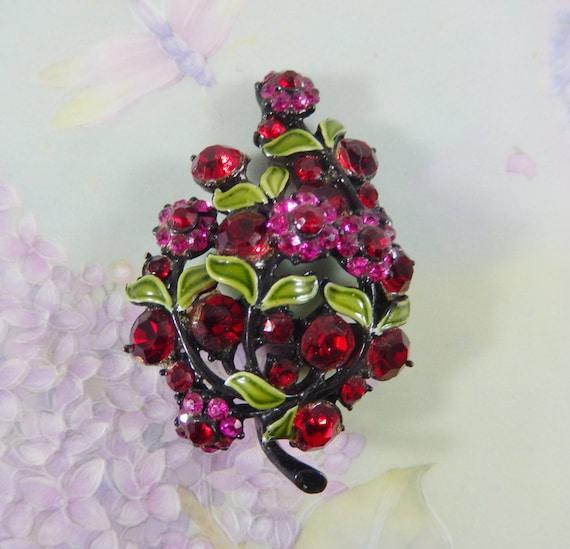 HOLLYCRAFT Fuchsia and Red Flower Cluster Brooch, Fuchsia Red Rhinestones, Vintage Brooch Pin/Green Enamel Leaves/Japanned Black