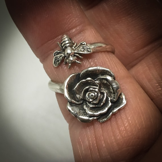 Bee Ring/ Flower Ring/ Bee Flower Ring/ ByPass Ring/ Sterling Silver Ring/ Handcrafted Silver