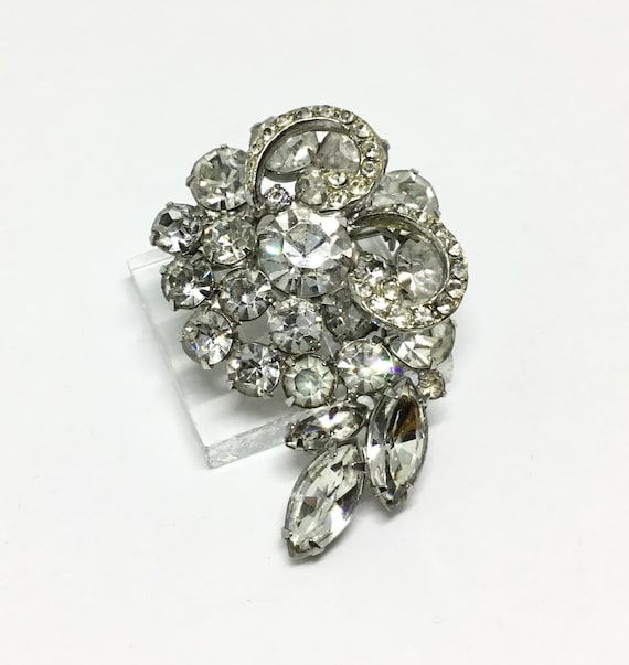 Vintage Weiss Rhinestone Brooch/ Clear Rhinestones/ Icing/ Signed Weiss/ Bridal Jewelry/ Midcentury/ Sparkly Rhinestones/ Collectible Brooch