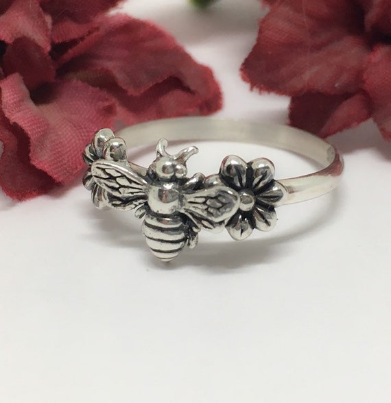 Sterling Silver Honey Bee Ring, Daisy Bee Ring, Handcrafted USA, Valentine Gift