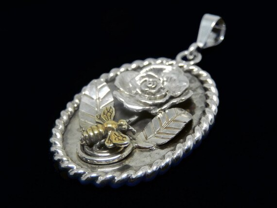 Handcrafted Sterling Bee/Flower Pendant, .925 Sterling Silver, Bee 24k Plating, Rose Bee Leaves, Rope Bezel