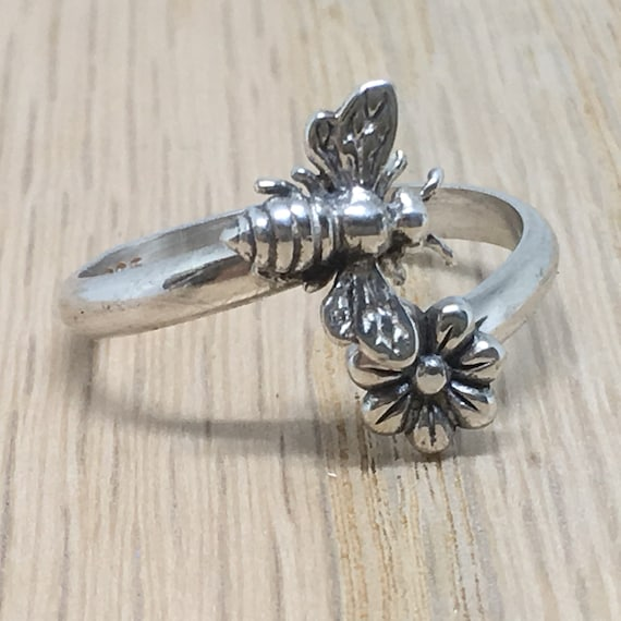 Honey Bee Ring/ Flower Ring/ Bee Flower Ring/ ByPass Ring/ Sterling Silver Ring/ Handcrafted Silver