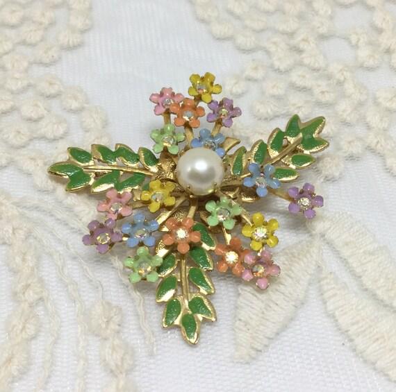 Sweet Vintage Enamel Rhinestone Dainty Flower Leaves Brooch Pin