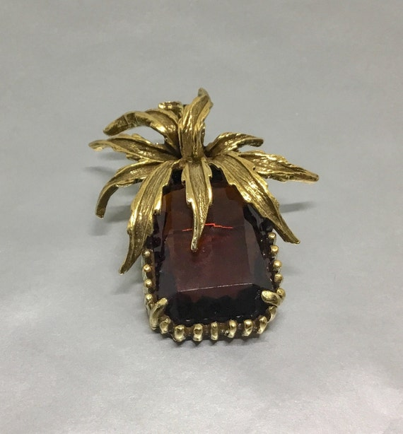 Rich Amber Rhinestone Leaf Brooch,  Vintage Brooch Pin, Large Amber Rhinestone, Goldtone Leaves