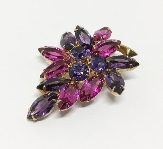 Vintage Pink and Purple Rhinestone Leaf Brooch, Midcentury 1960s, Rhinestone Jewelry, Goldtone Stemm0