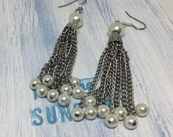 Handmade Earrings/Vintage Tassel Earrings/1960s Tassels/Silvertone Chain/Faux Pearls/Long Tassel Earrings/Unique Earrings