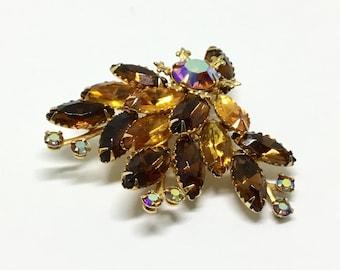 Vintage Amber Rhinestone Brooch/ Amber Colors/ Amber AB Rhinestones/ Metal Fleur de Lis Accents/ Rivet Construction/ Fall Brooch
