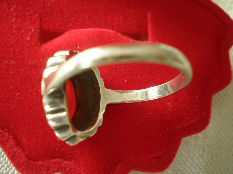 ex condition day or evening wear super gift. Vintage 1960/'s sterling silver marcasite /& cornelian stone ladies dress ring size P