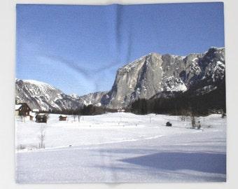 87ff37d0dd3c Austrian blanket