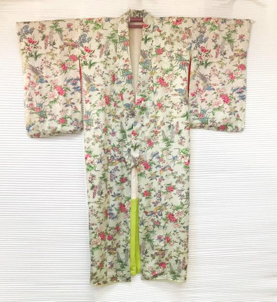 Pretty 1920s woven and printed silk Kimono