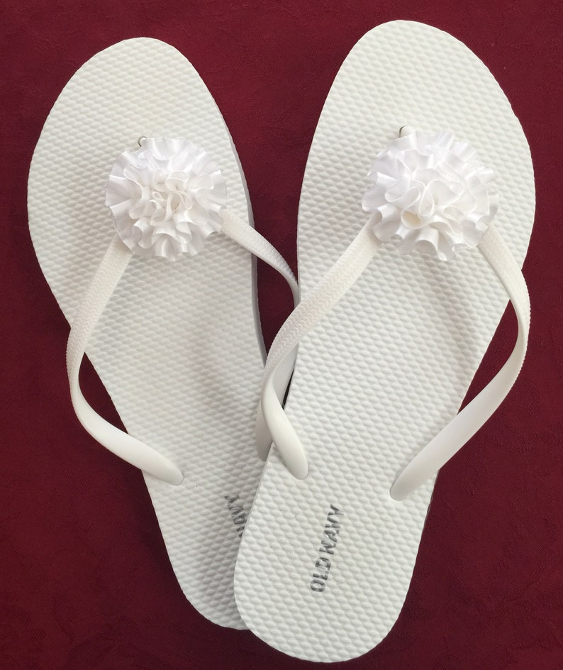 4b9a3bf957307 Bridesmaid gift bridal party gift wedding flip flops flower