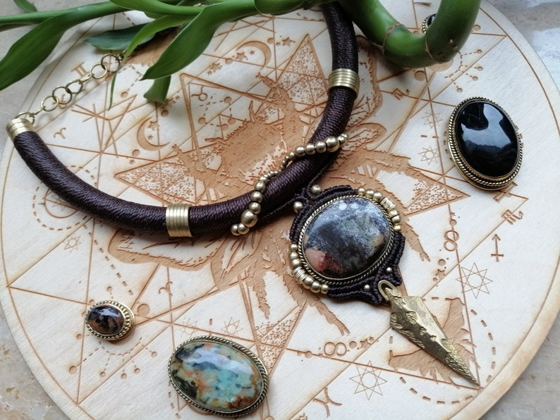 Tribal pendant turquoise stone manimacrame necklace Brown macrame pendant with turquoise turquoise jewelry brass spear macrame pendant