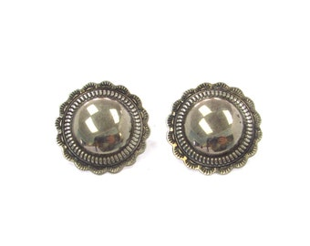 Vintage Sterling Silver Southwestern Tooled Detail Round + Scalloped Disc Earrings, studs