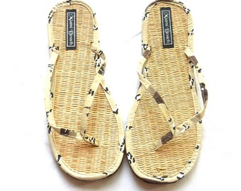 40ea86235 Rice straw flip flops with camouflage fabric thongs