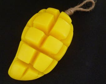 Soap 100g of form and scent of fruit, banana, coconut, mango, mongosteen or pineapple