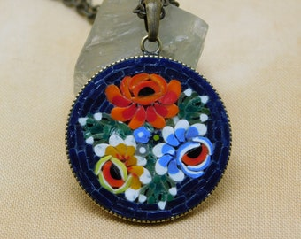 Micro mosaic necklace - three roses on dark blue background