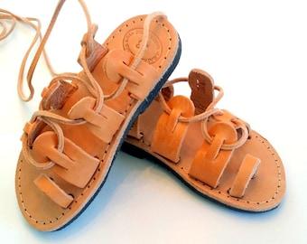 Sandali gladiatore Tie Up Kids Handmade greco Sandali, sandali di cinghie ragazza Spartan, gladiator, sandali in cuoio per bambini, le ragazze spartano Sandali