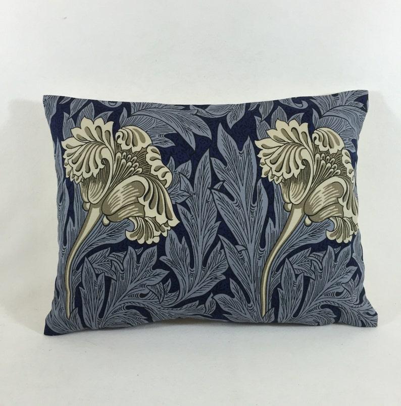 Guipure Lace Motif Applique M09 Daisy Flower 10 Count Vintage Style