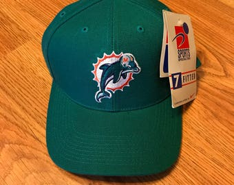 7b1af906f6f Dead stock Miami dolphins fitted hat size 7
