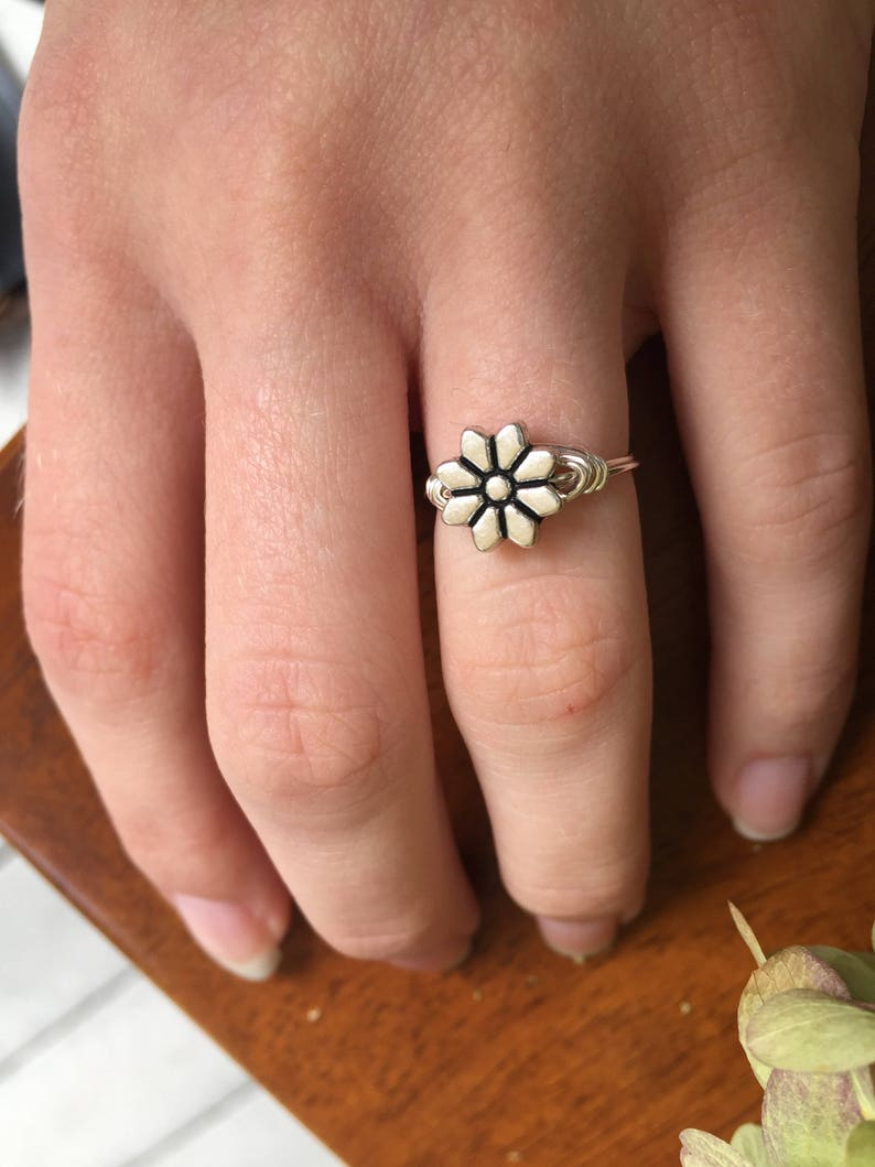 Petite Ring Floral Jewelry Flower Jewelry Flower Accessories Gift for Her Small Flower Ring Flower Ring