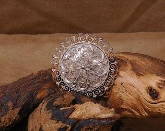 Vintage Sterling Silver Round Filigree Brooch