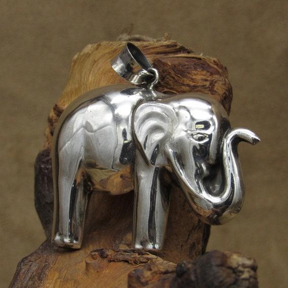Vintage Sterling Silver Elephant Pendant