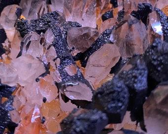2.10 LB Golden Healer Cluster, Raw, Black Iron Encrusted, Mine Fresh, Arkansas, 959.90 Grams, CR7881