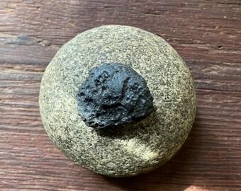 TEKTITE, Raw and Natural Meteorite Fragment, Indonesia,19.90 Grams, CR9189