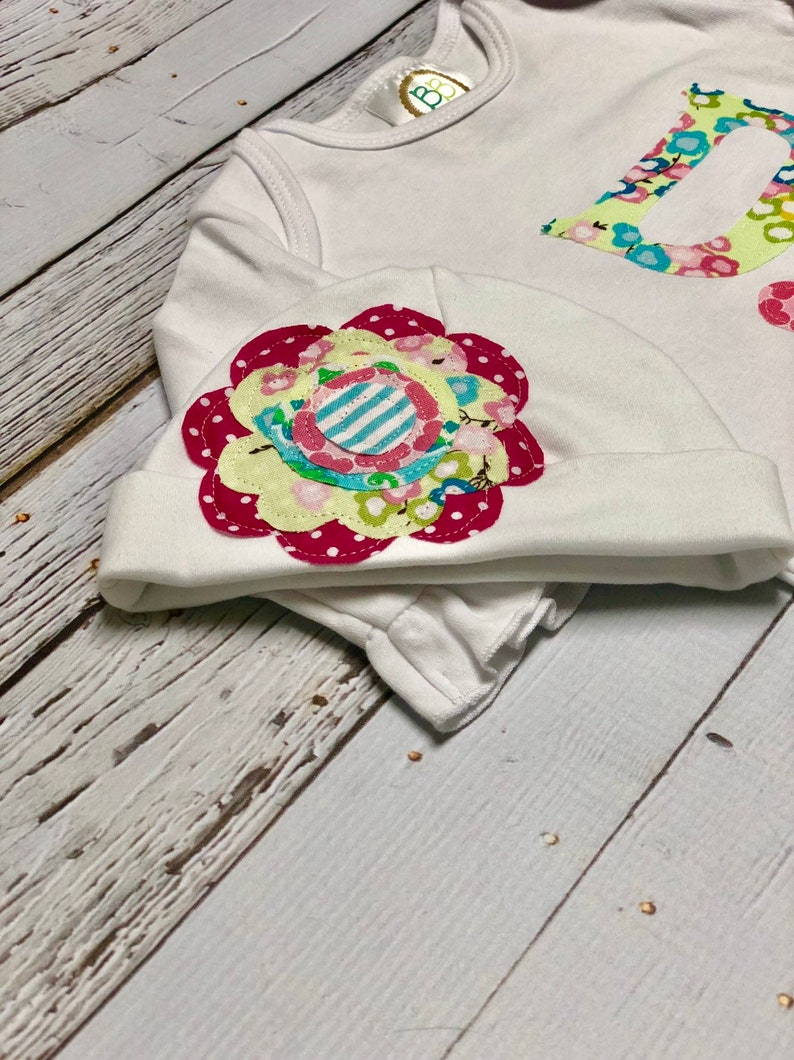 Custom Personalized Baby Girl ruffle white gown Hand cut applique name Baby girl gift Flower applique hat set Twins Set Newborn Gift