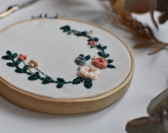 Decorative embroidery with floral design - One of a kind, ready to go