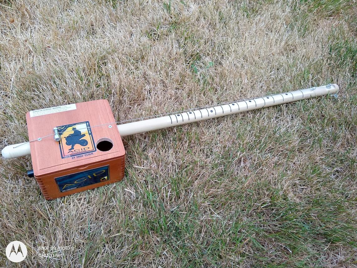 Diddley Bow/Cigar Box Electric Piezo/Volume control b68 image 0