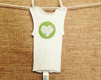 White singlet w/ Heart motif - size 0000(newborn)