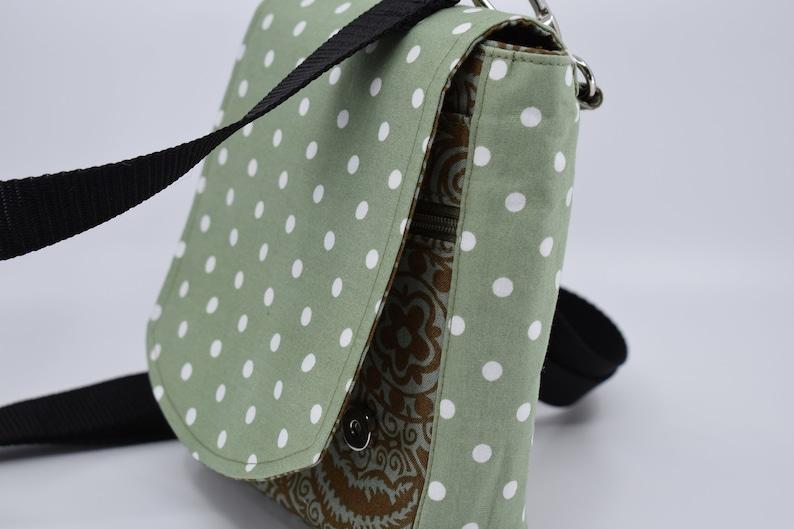 Cross body/shoulder bag. Handmade. Travel organiser. image 0