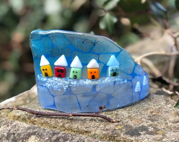 Mini Beach Huts Free Standing Glass Curve - beach hut gifts, blue glass, seaside glass, glass beach huts, seaside scene, rainbow beach huts