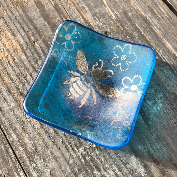 Sparkly Turquoise Copper Bee Trinket Dish- Birthday, Gift, dressingtable, bedroom, girls,nature, handmade, homedecor, bees, ring, gifts