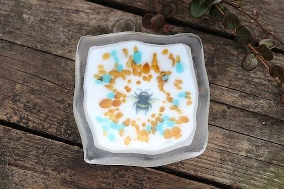 Bee Key / Trinket Dish - birthday, gifts, homedecor, bespoke, handmade, wedding, engagement, jewellery, cute, honey, earrings, friend