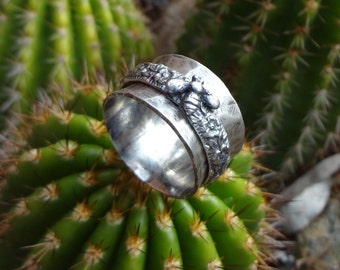Sterling Bee Spinner Ring // Meditation Ring // Floral // Penny Michelle