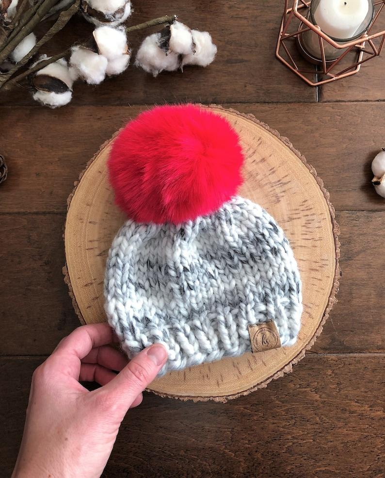 e1bdfdbde 0-3 MONTHS Big Faux Fur Pom-Pom Baby Hat/Gray Black White Baby Knit  Hat/Newborn Beanie/Infant Winter Hat/Baby Girl Gift/Red Pink Fur Ball